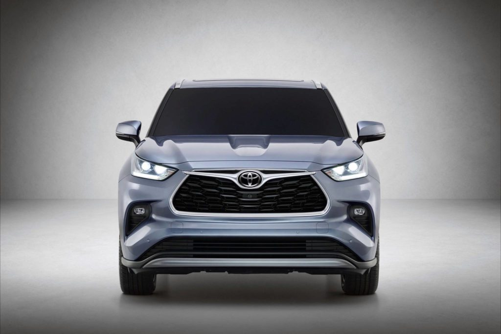 Toyota dials in its eight-passenger family hauler