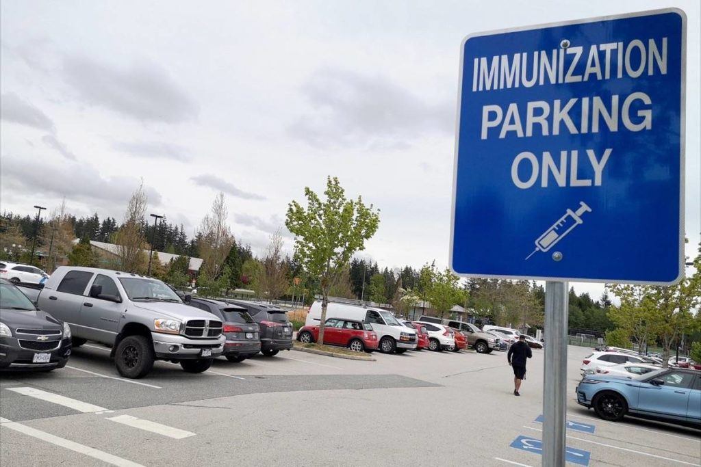 Fraser Health to close South Surrey mass vaccination clinic - Cloverdale Reporter